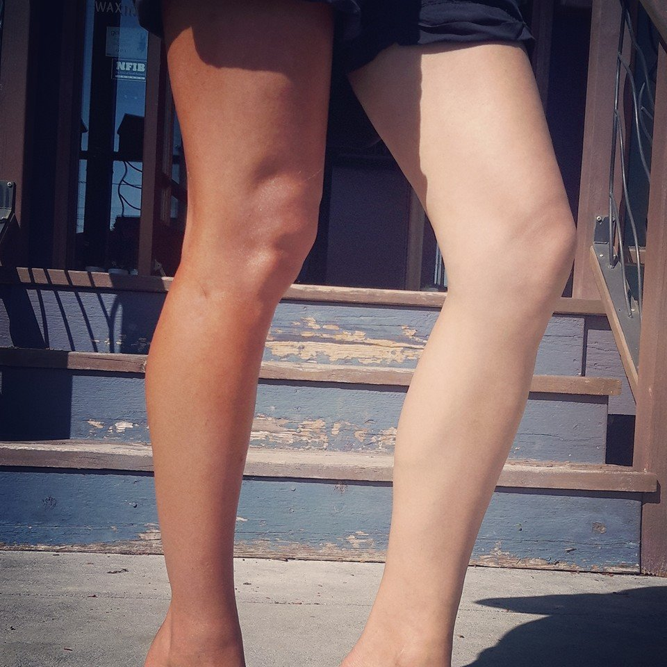 Chelcie's Tanning legs May 2016
